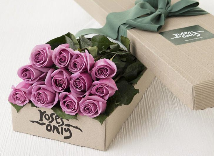 Order Your Flowers Online & Smell their Floral Scent at Your Doorstep